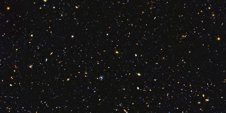 Bu resimde 15 bin galaksi var