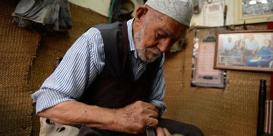 Bugünün gençleri 91 yaşında, 85 yıldır çalışan ustayı örnek almalı