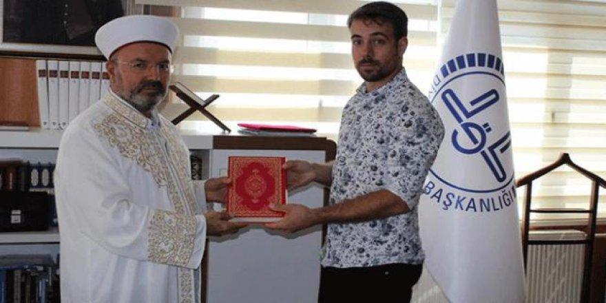 Osmaniye'de Fransız bir genç Müslüman oldu