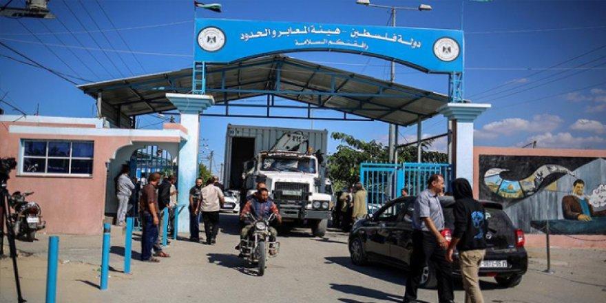 Gazzeliler ablukayı kırmaya çalıştıkça İsrail daha sert davranıyor