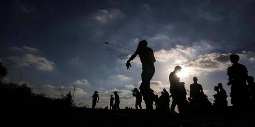 İsrail askerlerinden barışçıl gösterilere müdahale