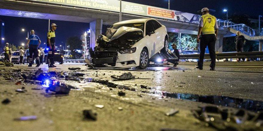 Bayram tatili trafik kazaları ile başladı