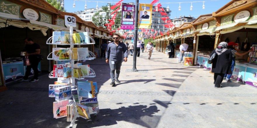 Sivaslılar kitap ile buluşacak