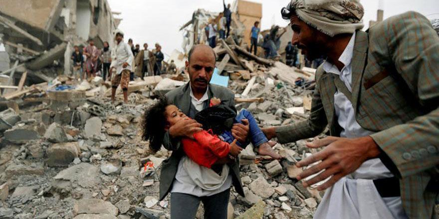 BM: Yemen'de yüz binlerce sivil dehşet içinde