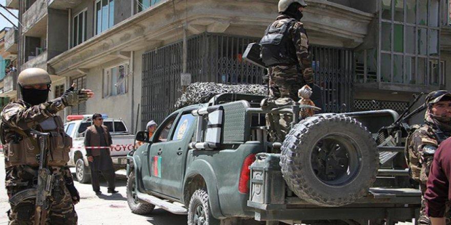 Taliban bu sefer de polislere saldırdı