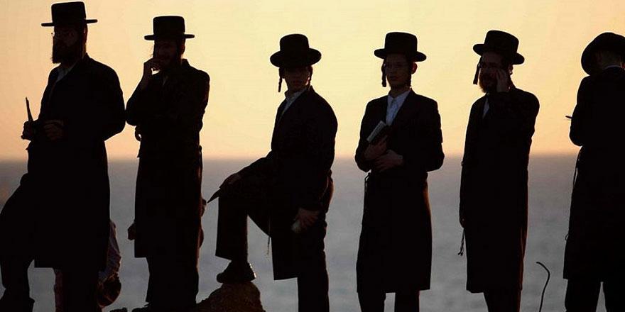 Dünyanın farklı yerlerindeki Yahudiler İsrail'de toplanmaya devam ediyor