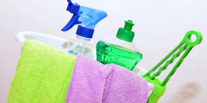 Temizlik ürünlerini kullanırken çocuğunuzu riske atmayın