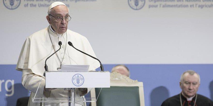 Katoliklerin lideri Papa'dan Avrupa'ya ırkçılık uyarısı