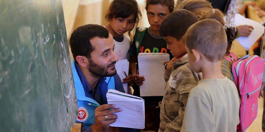 TDV İdlib'de olası göçe karşı önlemlerini aldı