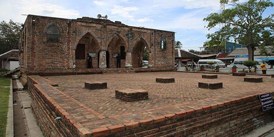 Tayland'ın Patani kentindeki 4 asırlık kubbesiz camisi 'Krue Se'