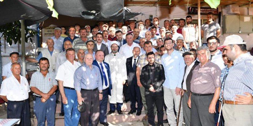 Ali Erbaş kariyerine başladığı köyü ziyaret etti