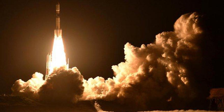 Japonya uzaya kargo kapsülü fırlattı