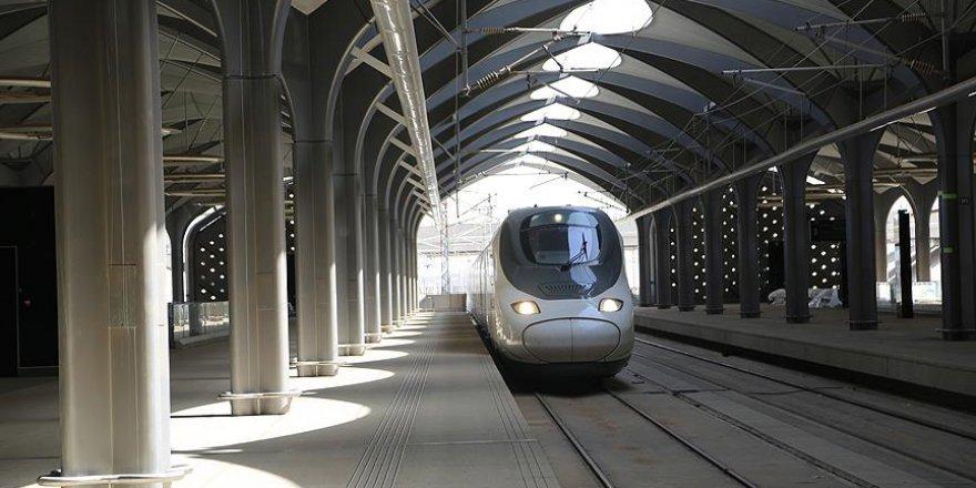 Mekke-Medine Hızlı Tren seferleri başladı