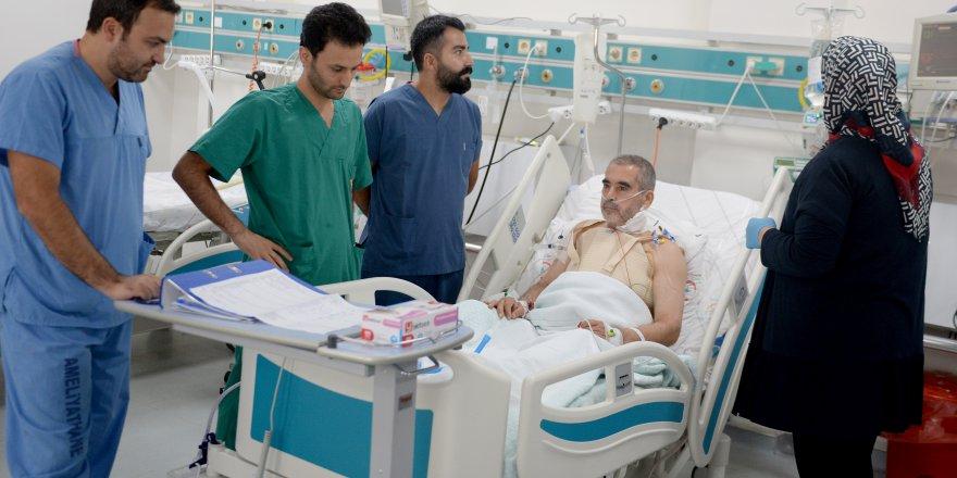 İmkansızlıklardan tedavisi sonuç vermeyen Suriyeliye Türk doktorlar yetişti