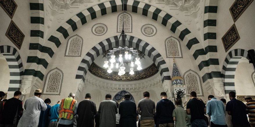Yeni yöntemleri: İslam'ın din olduğunu reddetmek