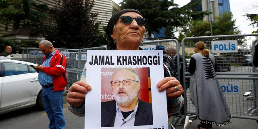 Cezayirli gazeteciler 'Kaşıkçı' için sokaklara döküldü