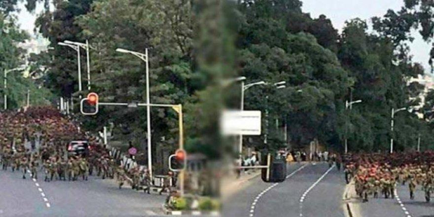 Etiyopya'da yüzlerce asker zam içi sokağa çıktı