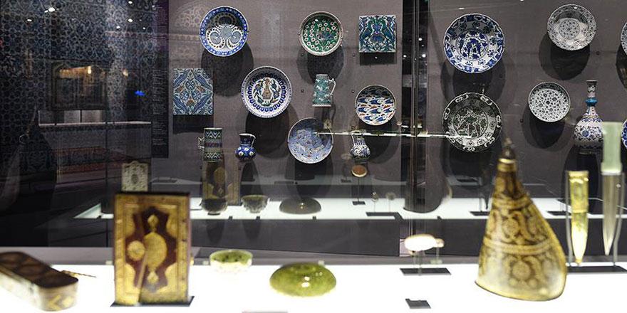 Dünyanın en büyük koleksiyonlarından İslam Sanat Eserleri Louvre'da sergileniyor