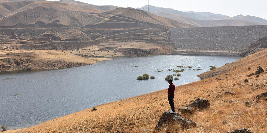 Yüksekova'nın 23 yıllık su sorunu çözüme kavuşuyor