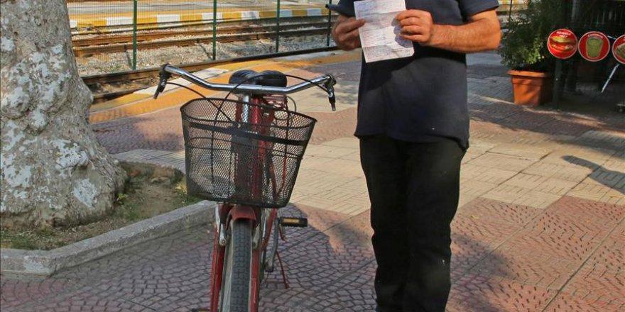 Kaldırıma bisiklet park etti, yüksek ceza aldı