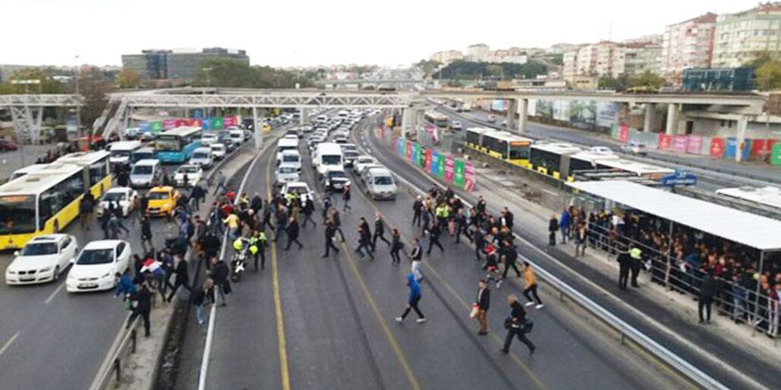 Trafik cezaları artıyor: Yayayı gören araba durmak zorunda