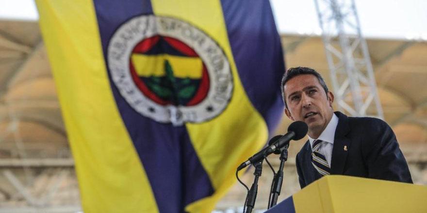 Fenerbahçeli futbolcuların odasındaki seccade olay oldu