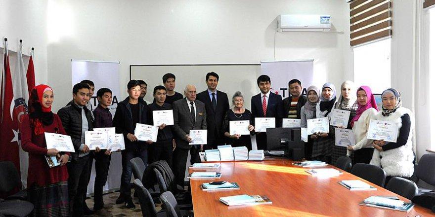 TİKA'dan Kırgızistan'da mesleki eğitim kursiyerlerine sertifika