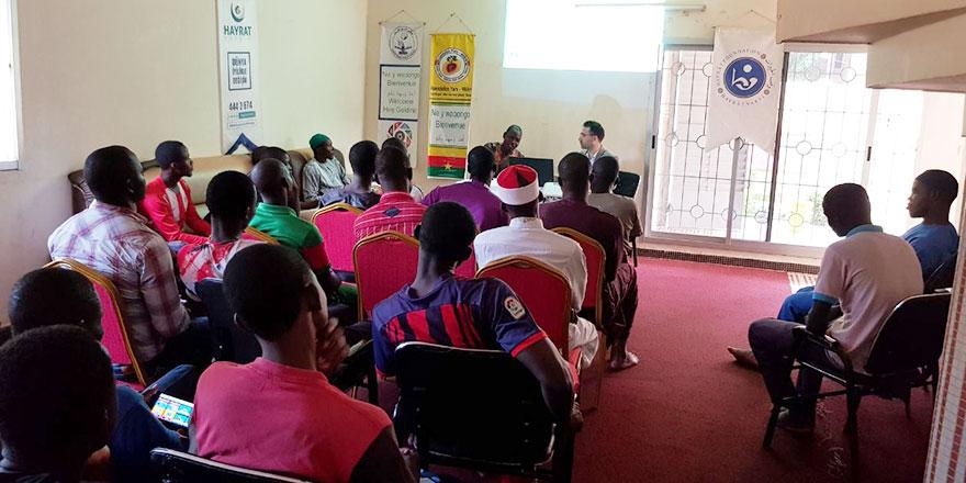 Burkina Faso'da Tıp Fakültesi öğrencilerine özel 'Bediüzzaman paneli'