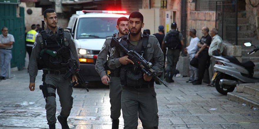 İşgalci İsrail Kudüs Valisi'ni alıkoydu