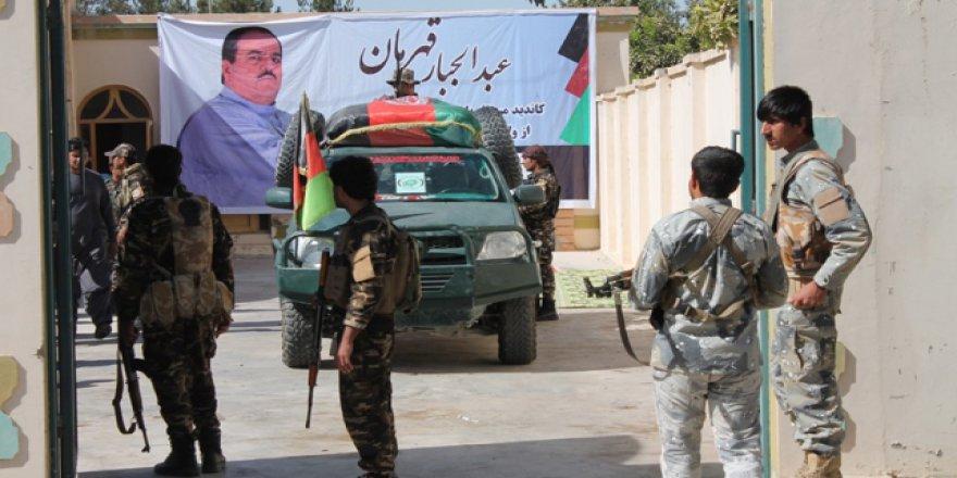 Afganistan'da seçim süreci 'kanlı' devam ediyor
