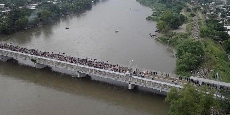 Mahsur kalan göçmenlerin insanlık dramı