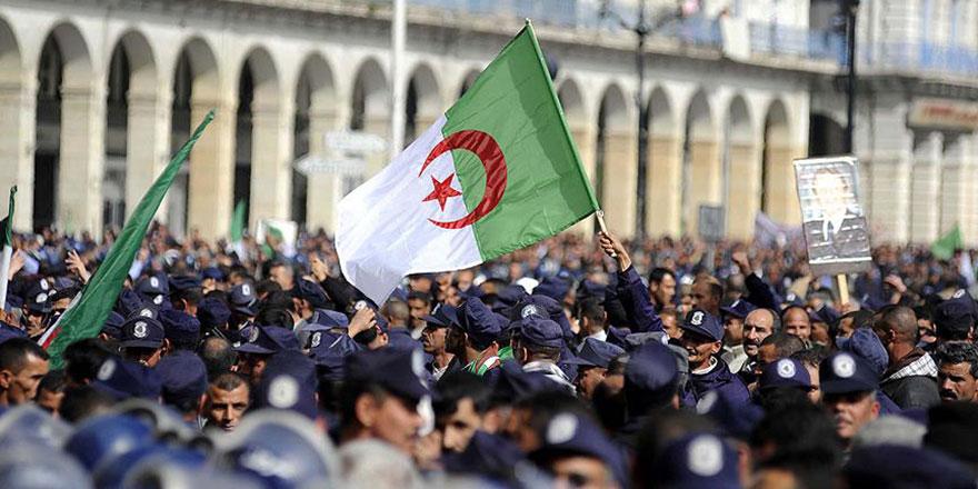 Cezayir'de 'Akîller Heyeti' kuruldu