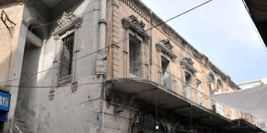 Belediye Bediüzzaman Müzesi önündeki engeli açıkladı