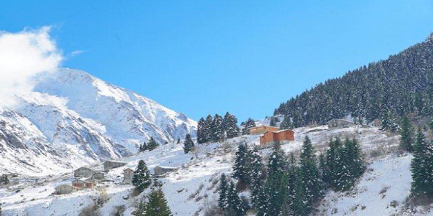 Kaçkar Dağları'nda kış mevsimi yaratıldı