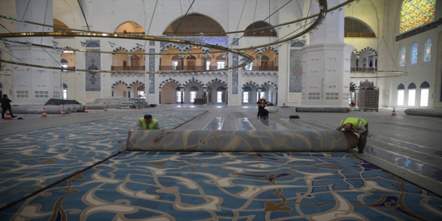 Camilere Allah'ın evi demek sakıncalı mıdır?