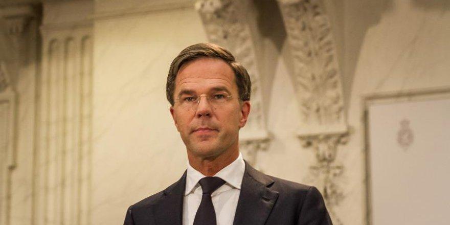 Müslüman yerine Hollandalıyı tercih etmek 'aptalca'