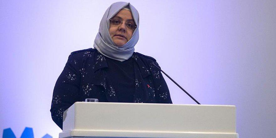 Bakan Selçuk: 'Gençlerimizi doğru mesleklere yönlendirmek istiyoruz'