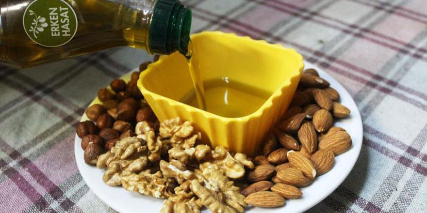 Zeytinyağı, ceviz, badem ve fındığın şifalı karışımı