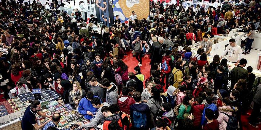 Okullardan '37. Uluslararası İstanbul Kitap Fuarı'na yoğun ilgi