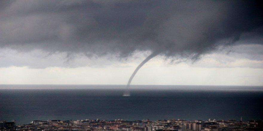 Marmaris'teki 2 hortum 8 milyon liralık hasara yol açtı