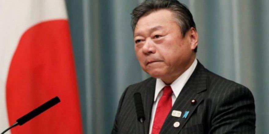 Japonların Siber Güvenlik Bakanı bilgisayarı bilmiyor