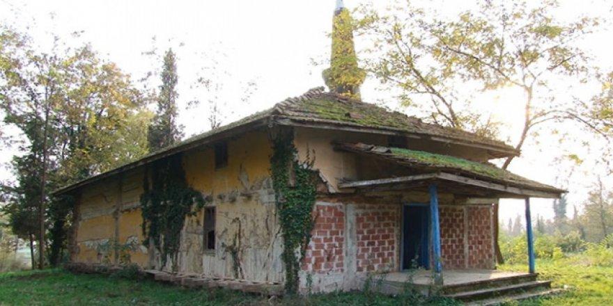 7 asırlık camide restorasyon başladı