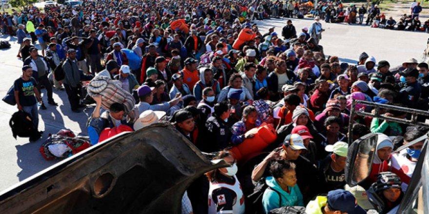 ABD'yi korkutan göçmen akınında ilk grup ulaştı