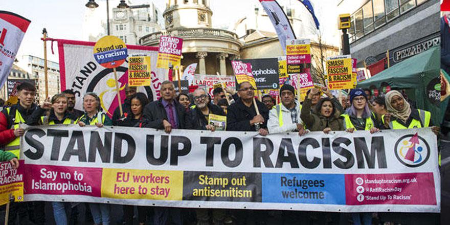 Londra'da 30 bin kişi 'Müslümanların Yanındayız' sloganlarıyla yürüdü