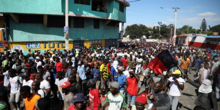 Haiti'deki protestolarda 8 kişi öldü