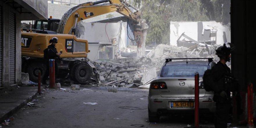 İşgalci İsrail Doğu Kudüs'te 14 iş yerini yerle bir etti
