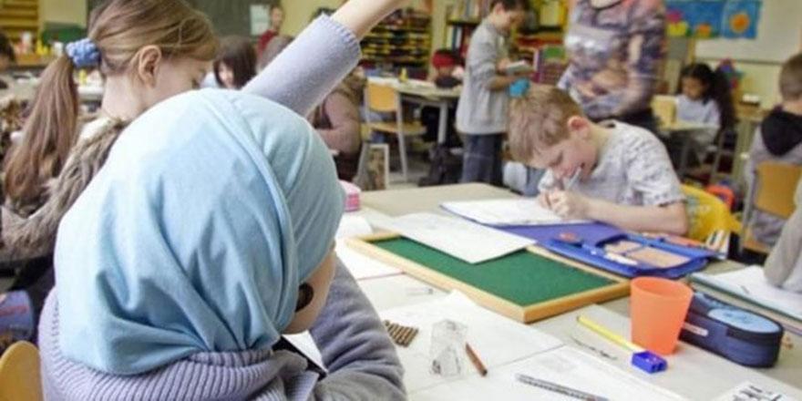 Avusturya'nın ayıbı: Müslüman çocukların aleyhine özel yasa çıkardılar