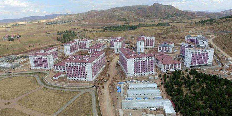 Sivas'ta 10 bin kişilik öğrenci yurdu KYK'ya devredildi