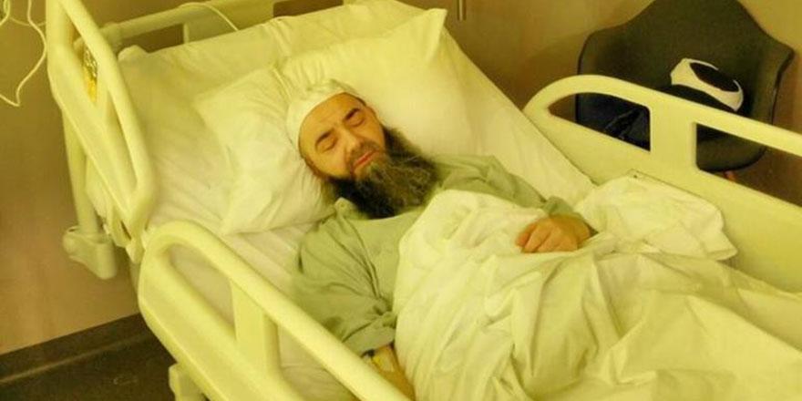 Cübbeli Ahmet dua bekliyor