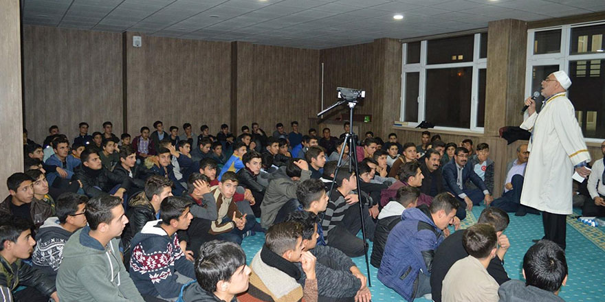 Said-i Nursi Anadolu İmam Hatip Lisesi öğrencileri Mevlid-i Nebi etkinliği düzenledi